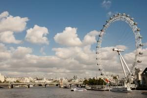 London Eye er navnet på et meget stort pariserhjul midt i London
