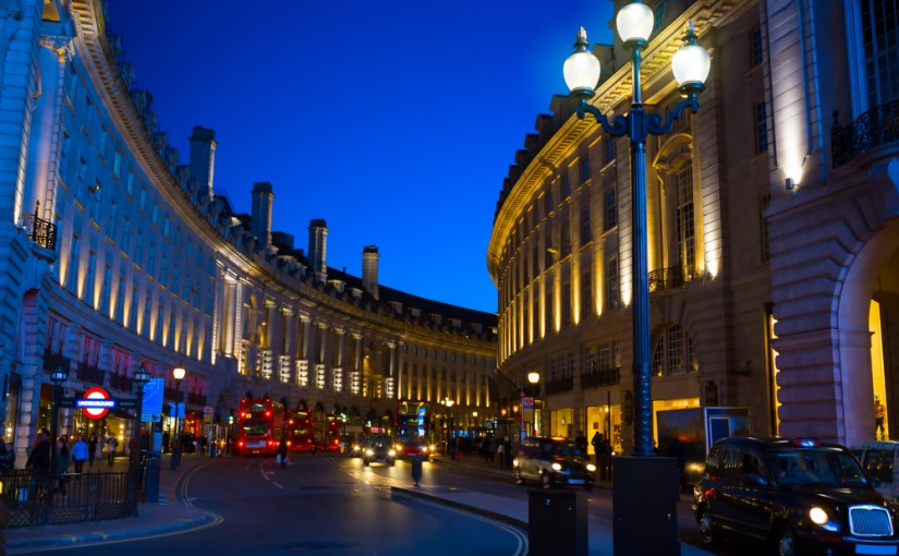 Bliv klar til juleshopping i London med en online valutaomregner